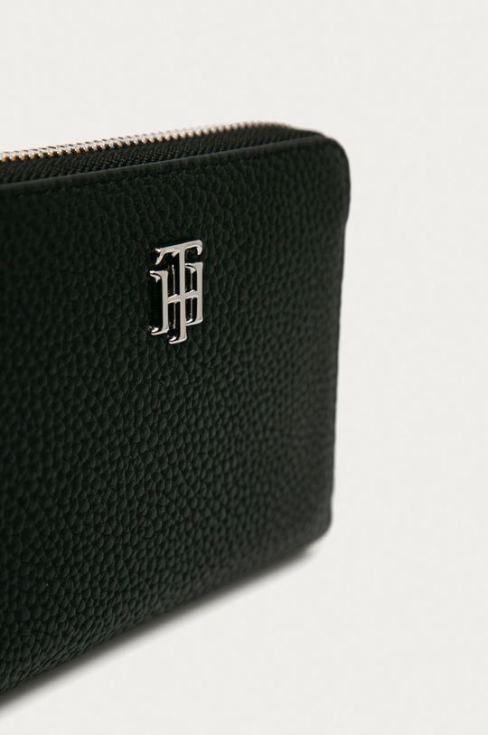 Tommy Hilfiger - Portofel  Materialul de baza: 100% Poliuretan