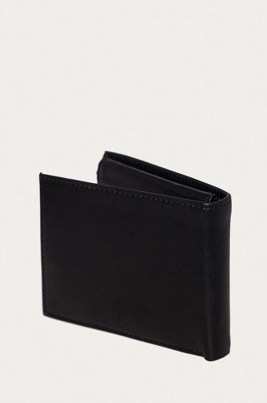 Guess Jeans - Kožená peněženka  Hlavní materiál: 100% Přírodní kůže