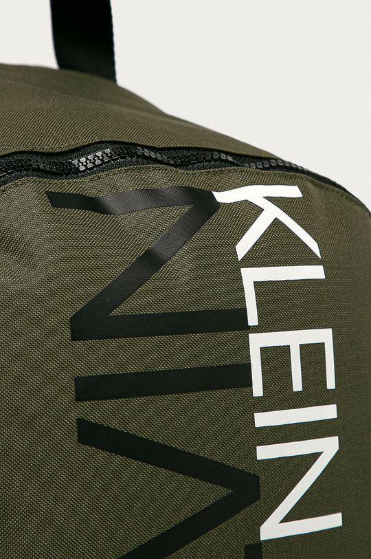 Calvin Klein Jeans - Batoh tlumená zelená