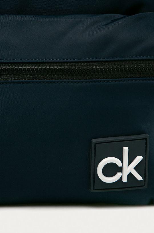 Calvin Klein - Ruksak tmavomodrá