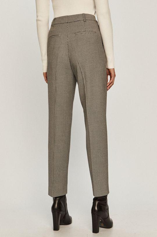Guess Jeans - Nadrág  Bélés: 5% elasztán, 95% poliészter Jelentős anyag: 3% elasztán, 64% poliészter, 33% viszkóz