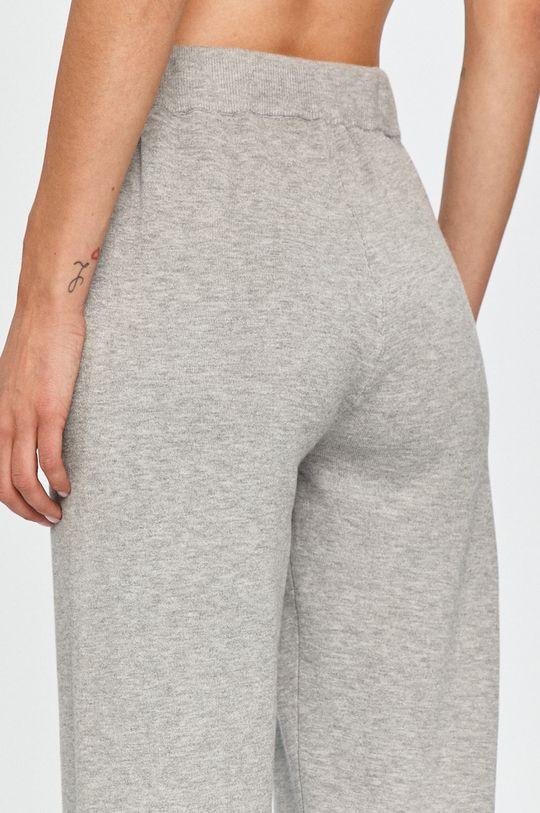 gri Guess Jeans - Pantaloni