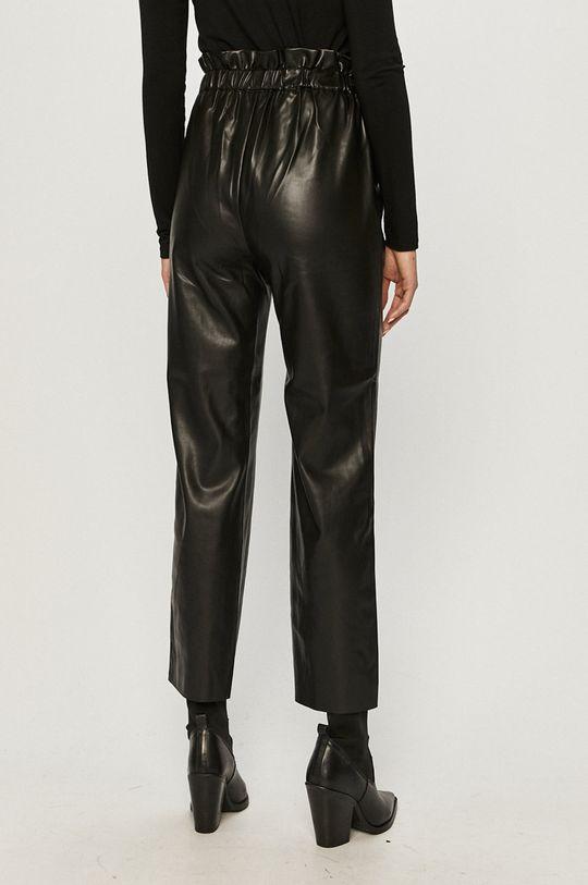 Pepe Jeans - Pantaloni Nika  Materialul de baza: 100% Poliester  Finisaj: 100% Poliuretan