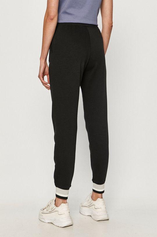 Nike Sportswear - Spodnie 52 % Bawełna, 18 % Poliester, 30 % Wiskoza