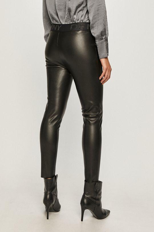 Dkny - Kalhoty  Hlavní materiál: 100% Polyuretan Jiné materiály: 100% Polyester