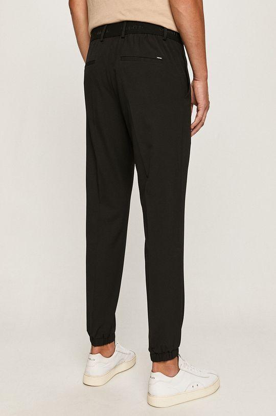 Calvin Klein - Spodnie Podszewka: 45 % Poliester, 55 % Wiskoza, Materiał 1: 4 % Elastan, 67 % Poliester, 29 % Wiskoza, Materiał 2: 35 % Bawełna, 65 % Poliester