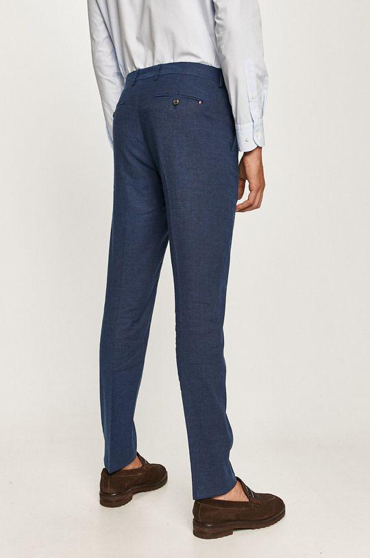 Tommy Hilfiger Tailored - Kalhoty  Podšívka: 45% Polyester, 55% Viskóza Hlavní materiál: 45% Bavlna, 3% Elastan, 52% Len Podšívka kapsy: 100% Bavlna