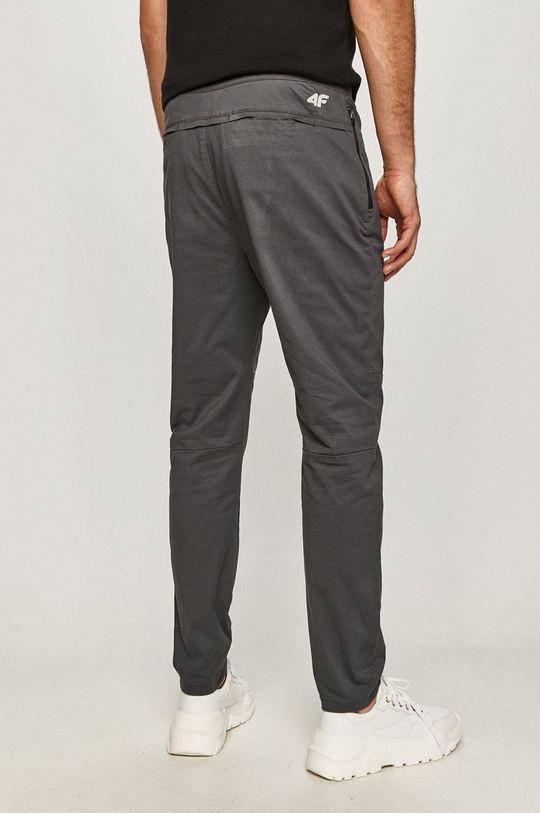 4F - Nohavice  Podšívka: 35% Bavlna, 65% Polyester Základná látka: 98% Bavlna, 2% Drevo