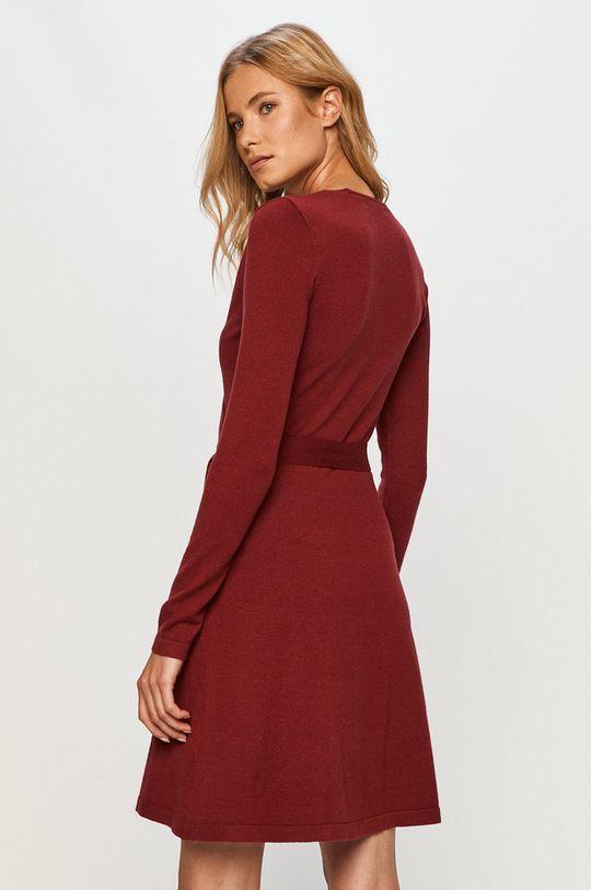 Vero Moda - Šaty  27% Nylón, 23% Polyester, 50% Viskóza