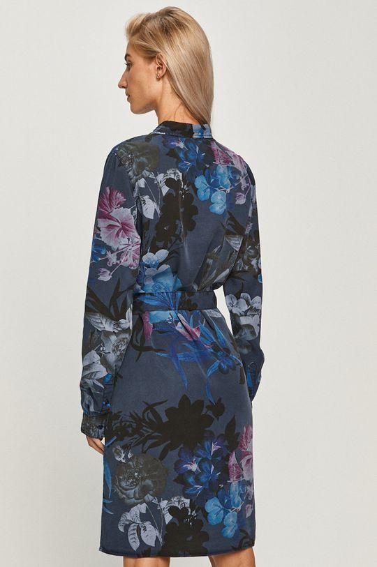 Desigual - Платье  100% Лиоцелл Инструкция по уходу:  машинная стирка при температуре воды 30°С, сушка в барабане запрещена, отбеливание запрещено, гладить при не высокой температуре (до 120 градусов), химическая чистка запрещена