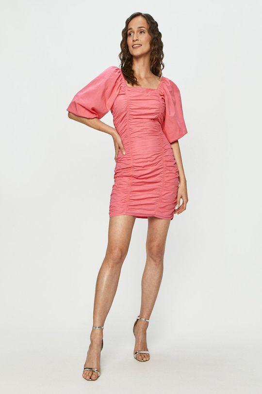 Vero Moda - Sukienka ostry różowy