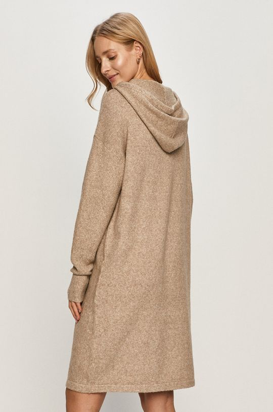 Vero Moda - Šaty  3% Elastan, 3% Nylon, 24% Polyester, 70% Recyklovaný polyester