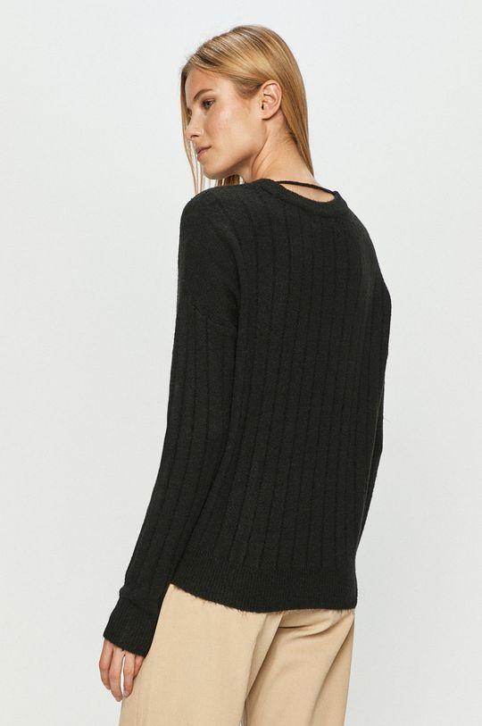 Vero Moda - Sweter 58 % Akryl, 6 % Elastan, 30 % Poliester, 4 % Wełna, 2 % Alpaka