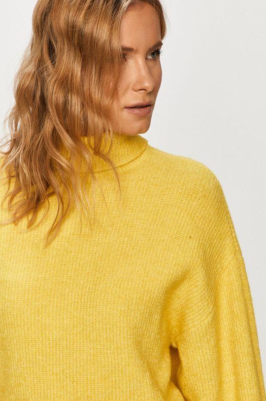 žltá Vero Moda - Sveter