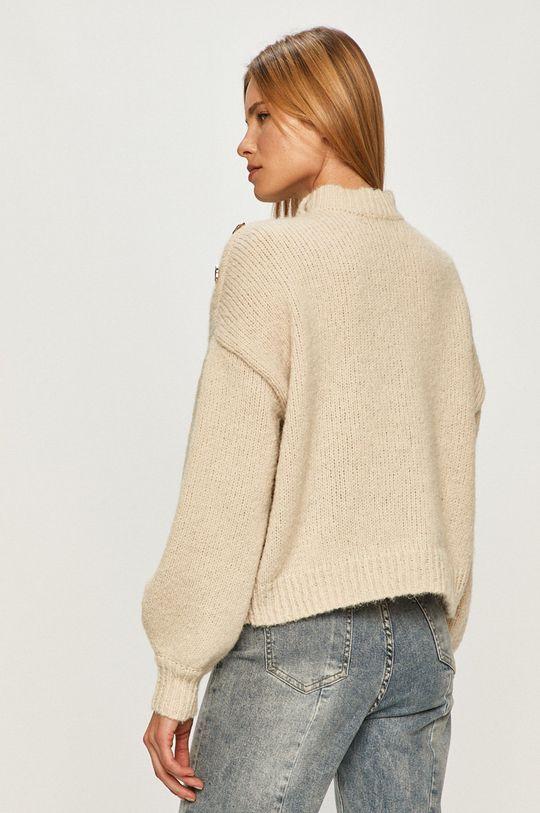 Vero Moda - Svetr  57% Recyklovaný polyester, 43% Polyester