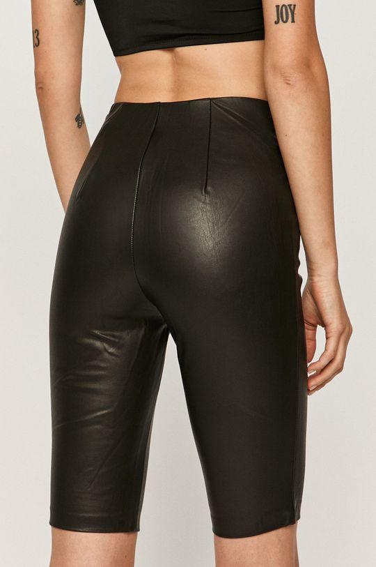 Guess Jeans - Pantaloni scurti  Material 1: 100% Poliuretan Material 2: 4% Elastan, 96% Rayon