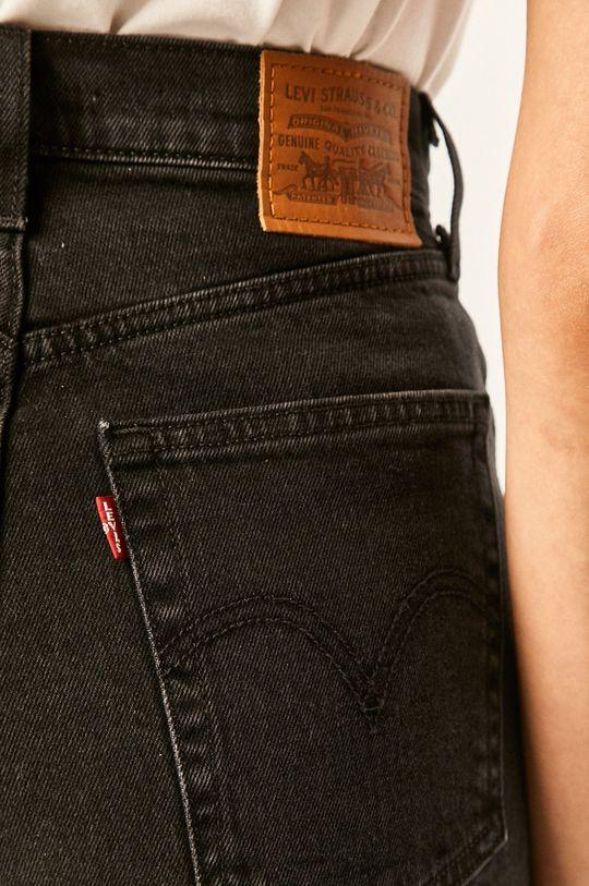 čierna Levi's - Rifľové krátke nohavice