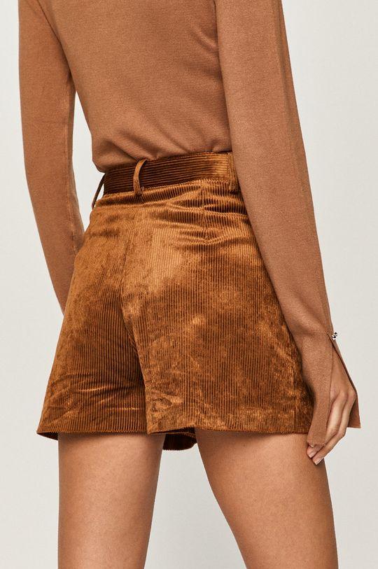 Pinko - Pantaloni scurti  Materialul de baza: 48% Bumbac, 2% Elastan, 50% Viscoza captuseala 1: 67% Acetat, 33% Poliester  Captuseala 2: 100% Bumbac