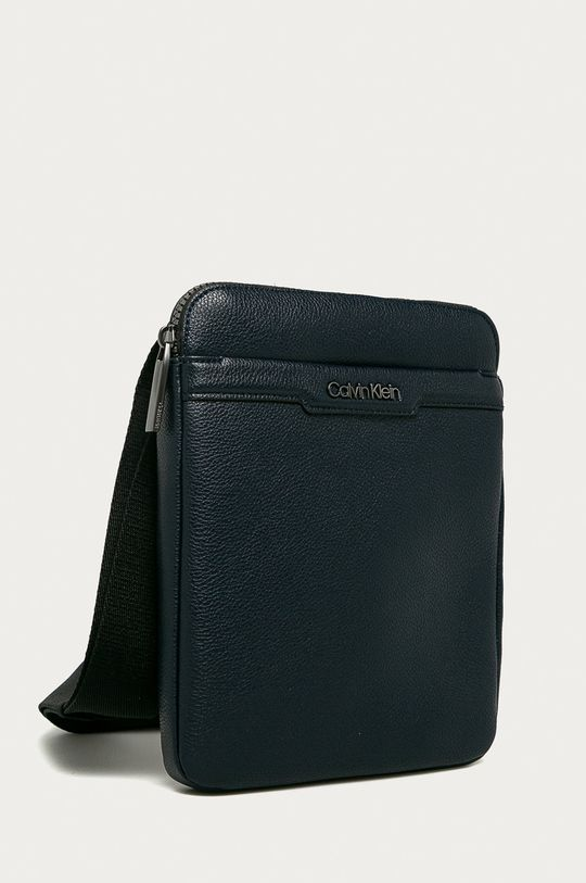 Calvin Klein - Malá taška  100% Polyuretán