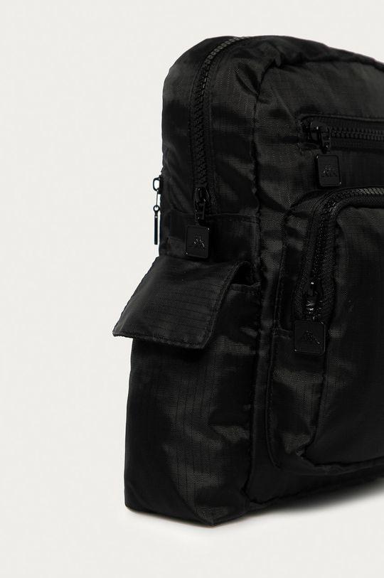 Kappa - Malá taška  Podšívka: 35% Bavlna, 65% Polyester Základná látka: 100% Polyester