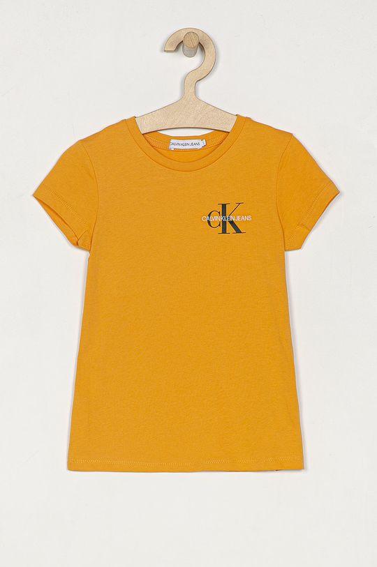 hořčicová Calvin Klein Jeans - Dětské tričko 104-176 cm Dívčí