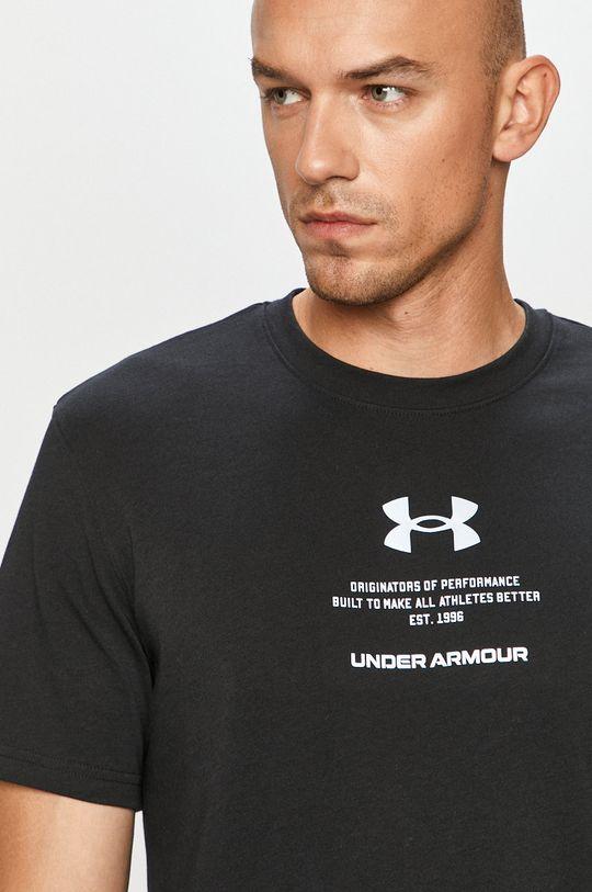 černá Under Armour - Tričko