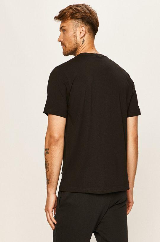 Puma - Tričko  Hlavní materiál: 100% Bavlna Provedení: 96% Bavlna, 4% Elastan