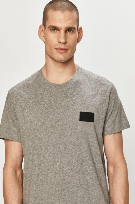 szary Calvin Klein Jeans - T-shirt