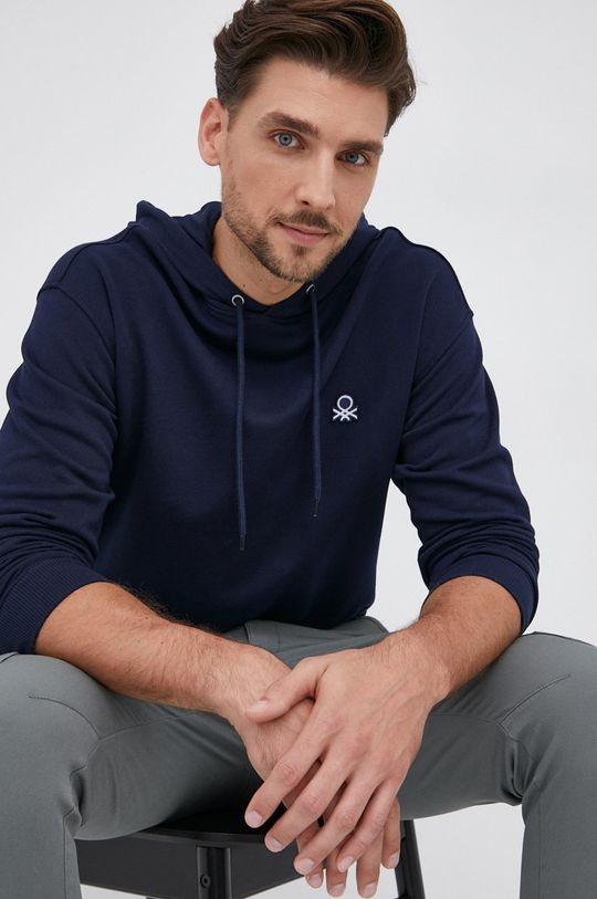 σκούρο μπλε United Colors of Benetton - Βαμβακερή μπλούζα Ανδρικά