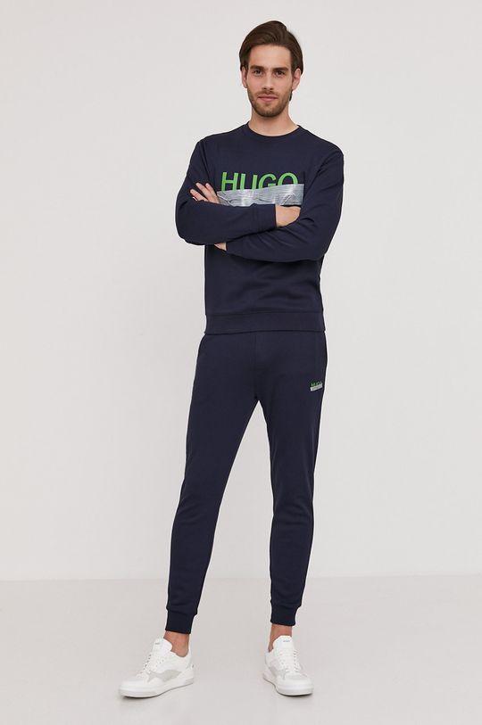 granatowy Hugo - Bluza bawełniana z kolekcji urodzinowej