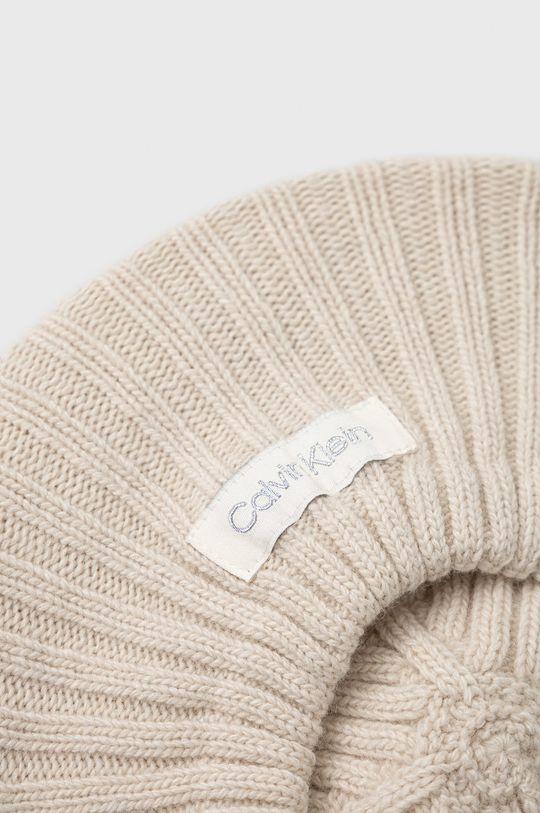 Calvin Klein - Beret z domieszką wełny kremowy