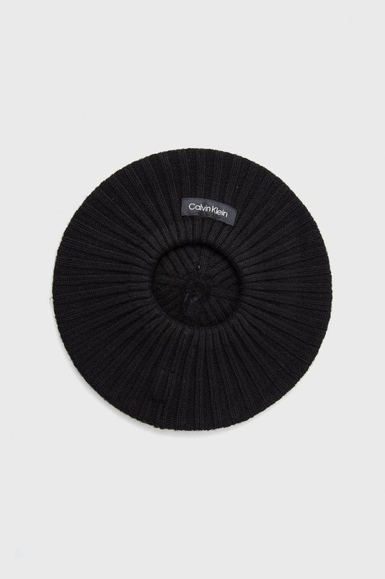 Calvin Klein - Beret z domieszką wełny czarny