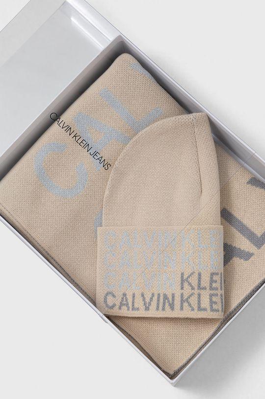 Calvin Klein Jeans - Czapka i szalik Damski