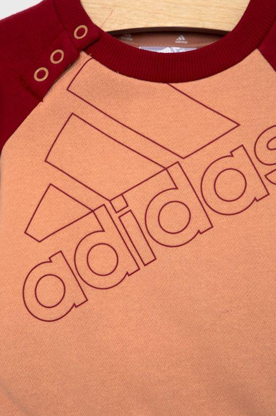 adidas - Komplet dziecięcy Materiał 1: 70 % Bawełna, 30 % Poliester z recyklingu, Materiał 2: 70 % Bawełna, 30 % Poliester z recyklingu, Ściągacz: 95 % Bawełna, 5 % Spandex
