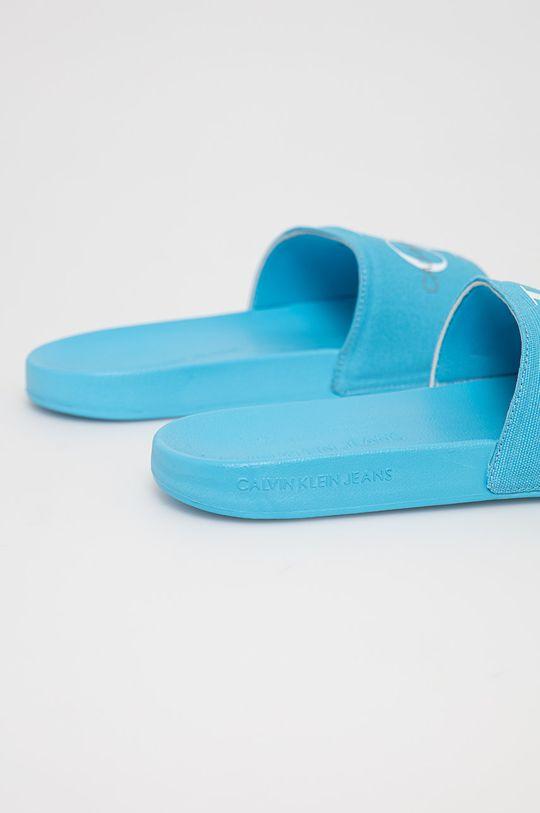 Calvin Klein Jeans - Pantofle  Svršek: Textilní materiál Vnitřek: Umělá hmota, Textilní materiál Podrážka: Umělá hmota