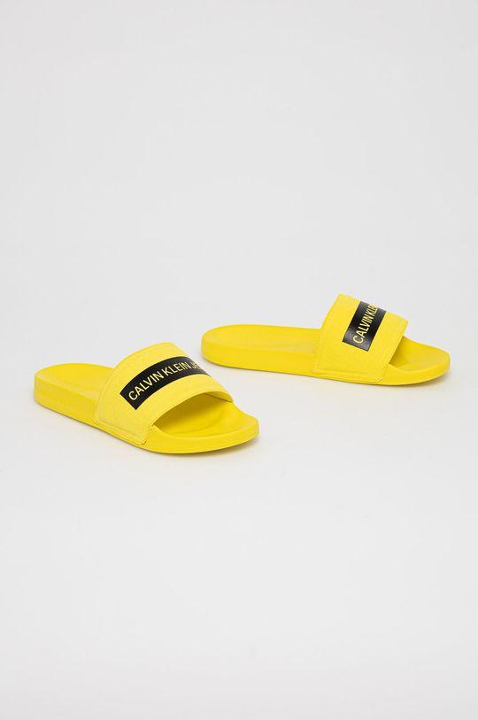 Calvin Klein Jeans - Klapki żółty