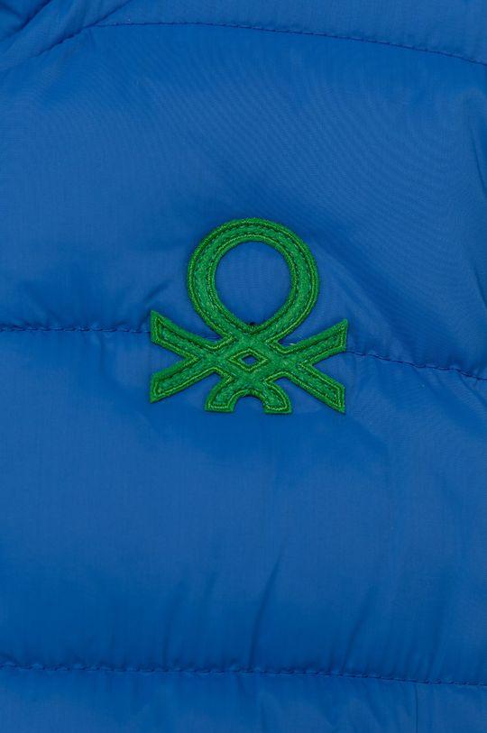 United Colors of Benetton - Geaca copii  Captuseala: 100% Poliester  Umplutura: 100% Poliester  Materialul de baza: 100% Poliester