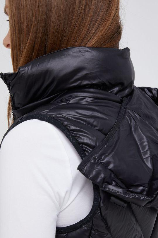 černá Calvin Klein - Péřová vesta