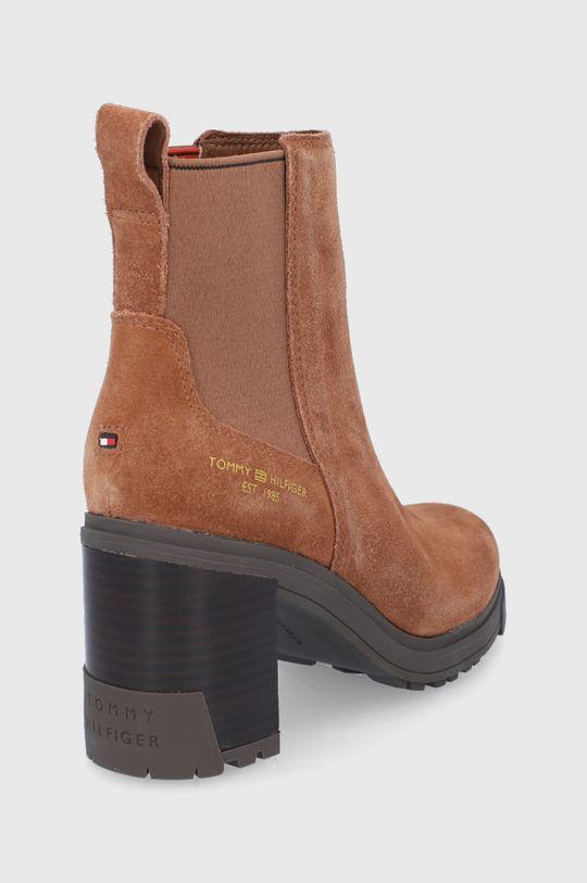 Tommy Hilfiger - Semišové kotníkové boty  Svršek: Textilní materiál, Semišová kůže Vnitřek: Textilní materiál, Přírodní kůže Podrážka: Umělá hmota