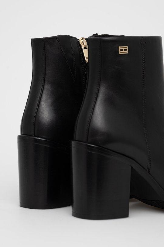 Tommy Hilfiger - Kožené kotníkové boty  Svršek: Přírodní kůže Vnitřek: Textilní materiál, Přírodní kůže Podrážka: Umělá hmota, Přírodní kůže