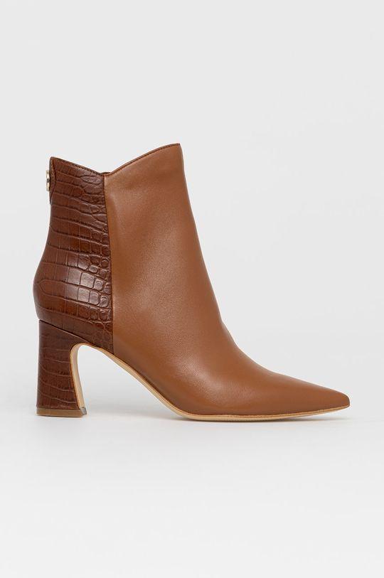 zlatohnědá Guess - Kožené kotníkové boty Dámský