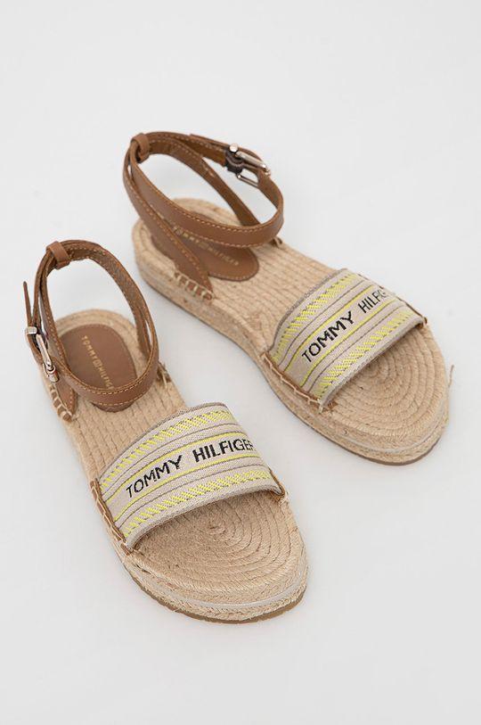 Tommy Hilfiger - Sandále zlatohnedá