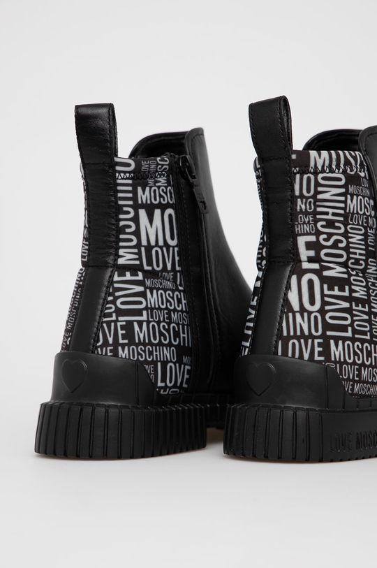 Love Moschino - Nízké kozačky  Svršek: Textilní materiál, Přírodní kůže Vnitřek: Umělá hmota Podrážka: Umělá hmota