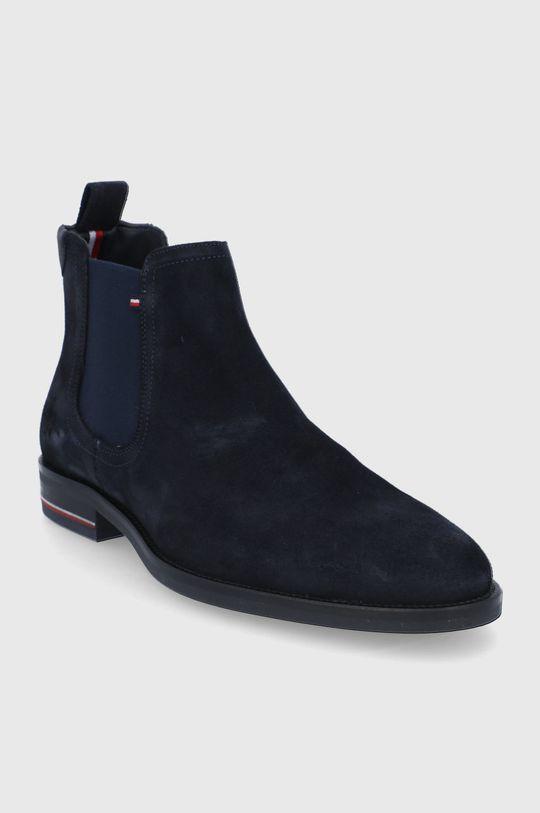 Tommy Hilfiger - Semišové kotníkové boty námořnická modř