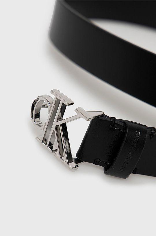 Calvin Klein Jeans - Kožený pásek černá