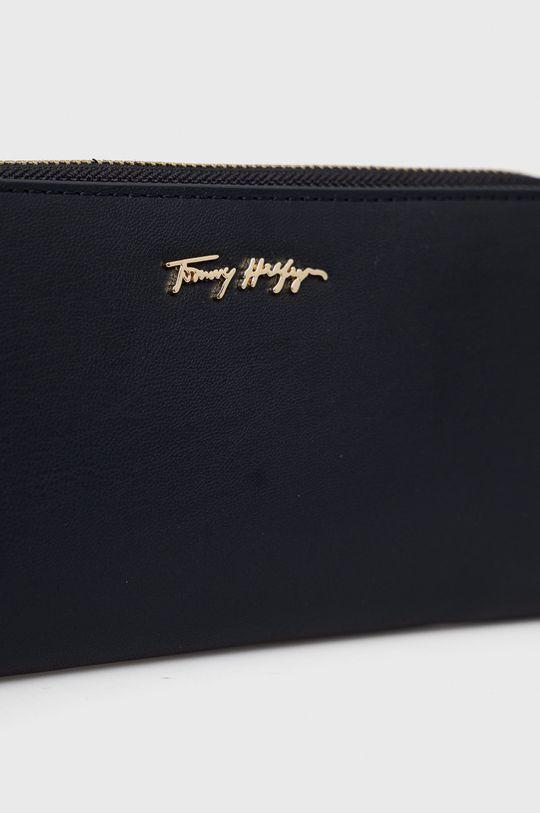 námořnická modř Tommy Hilfiger - Peněženka