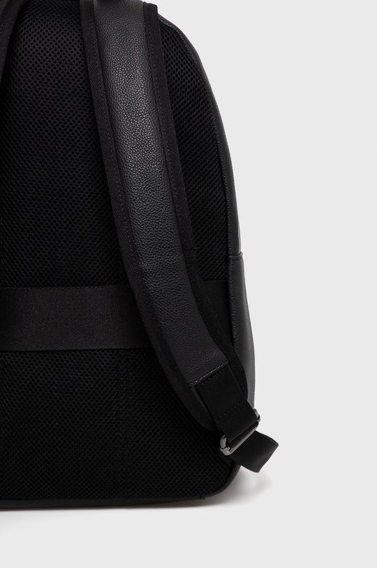 Calvin Klein - Plecak 25 % Poliester, 24 % Poliuretan, 51 % Poliwinyl