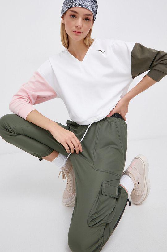 Reebok Classic - Spodnie x Cardi B brązowa zieleń