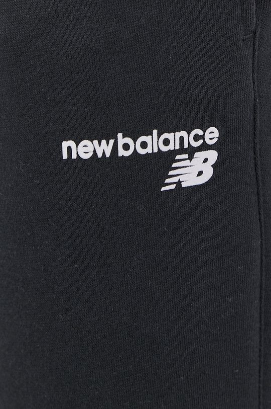 New Balance - Pantaloni  Materialul de baza: 60% Bumbac, 40% Poliester  Banda elastica: 57% Bumbac, 5% Elastan, 38% Poliester