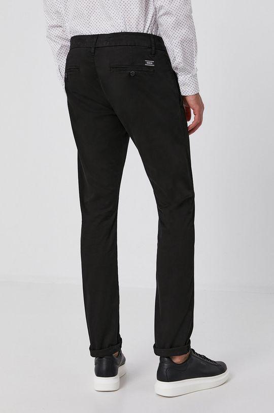 Guess - Kalhoty  Podšívka: 71% Polyester, 29% Spandex Hlavní materiál: 97% Bavlna, 3% Elastan